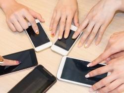 Chọn mua smartphone được cho là đẹp nhất hiện nay tại Đà Nẵng