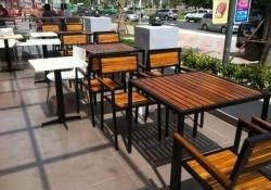Kinh nghiệm chọn mua bàn ghế cafe đẹp phù hợp và tiết kiệm